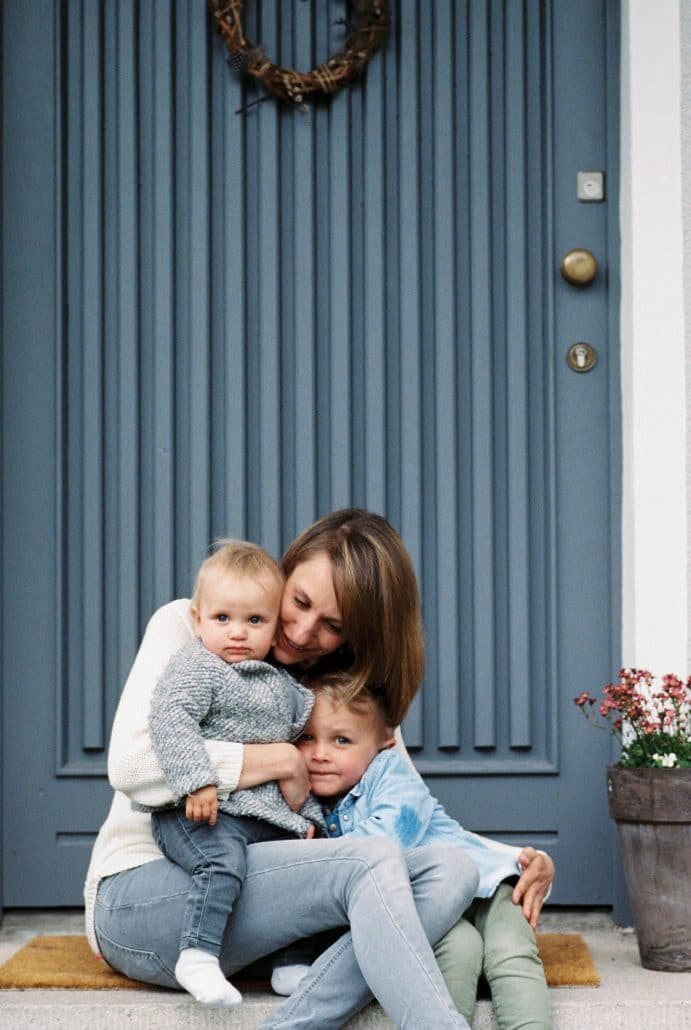 Barbara, studierte Sozialwirtschafterin und freie Fotografin, 33 Jahre alt, 10 Jahre verheiratet mit Daniel, 1 Sohn, 1 Tochter, aus Fürth. Foto: Sophie Kröher