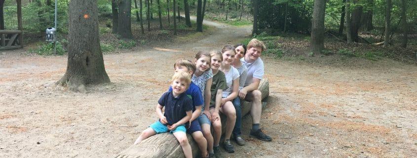 Familie Hullen bei einer Wanderpause, Foto: privat